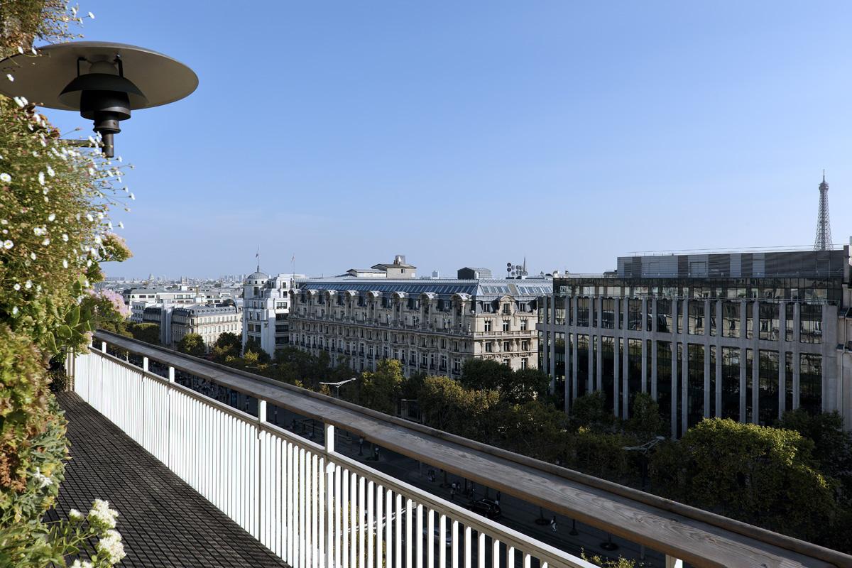 Balcon Septième Tour Eiffel jour