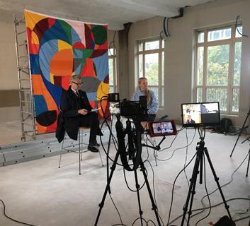 L'exposition Knud Holscher - Design au quotidien dans l'émission Télématin sur France 2